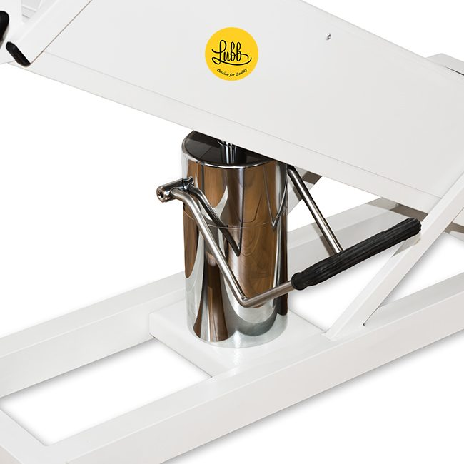 Hydraulic surgery table with lacquered iron Z structure and stainless steel V top - Detail 3
