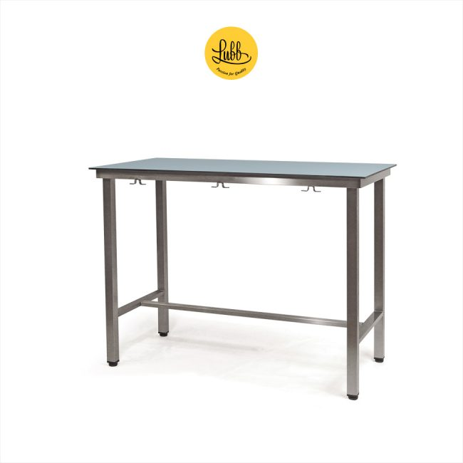 Demountable veterinary examination table with HPL on compact laminate top