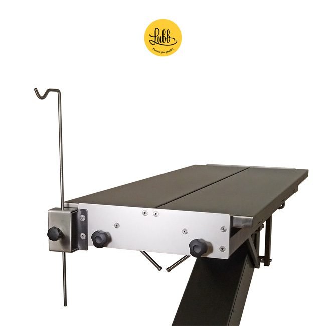 Serum holder for veterinary surgery tables